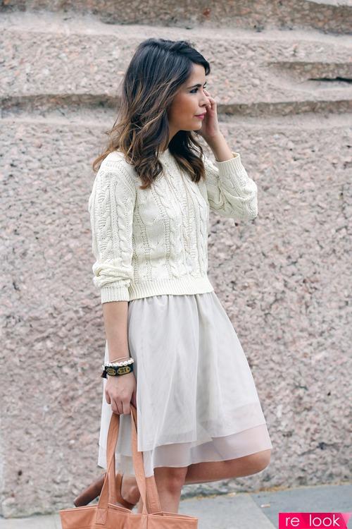 Летнее платье и свитер