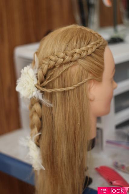 Фото причесок из цветных волос 21