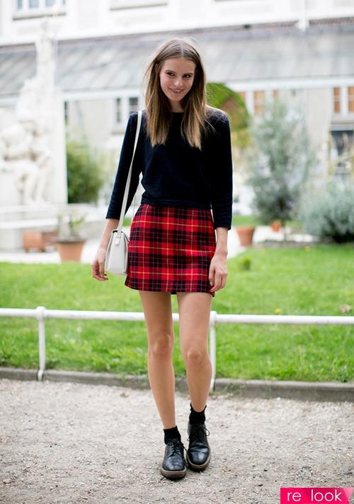 Фото девушек 18 мини юбка