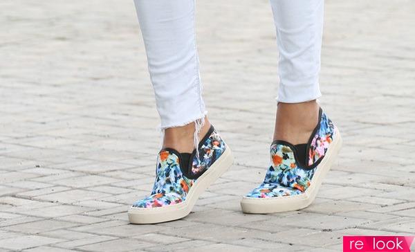 1d6e1bcdbf70 Слипоны – разновидность кед, обувь очень удобная и без шнурков, плотненько  сидят на ножке благодаря вставкам-резинкам, превосходно сочетаются с  леггинсами, ...