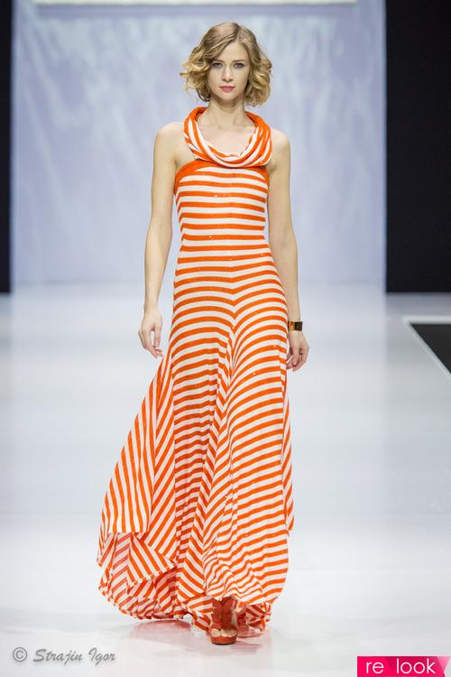 Стильное платье с узорами